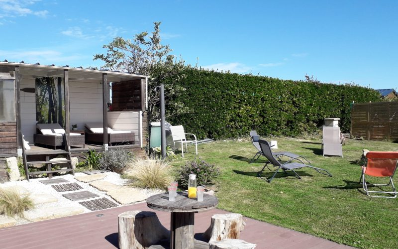 Spa, jardin et sa terrasse